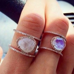 *** NEW ARRIVAL ***Moonstone ring